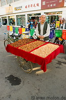 10 Nuts and dried fruits seller